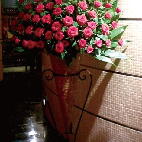 選べるバラスタンド花イメージ